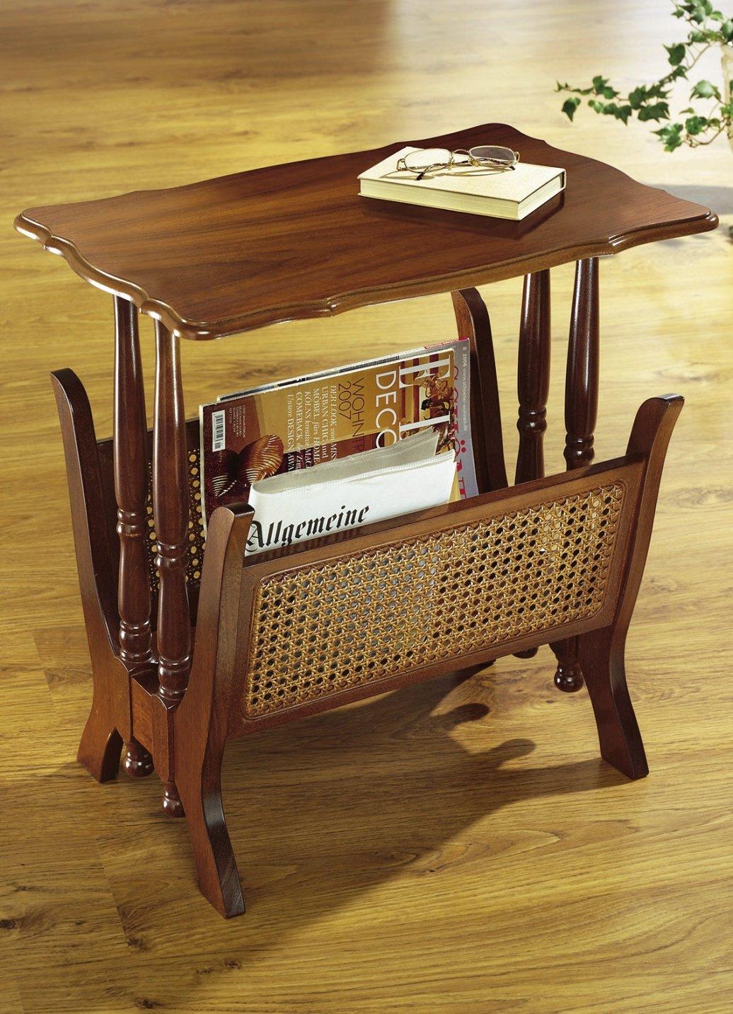 zeitungsst nder holz nussbaum mit ablagetisch. Black Bedroom Furniture Sets. Home Design Ideas
