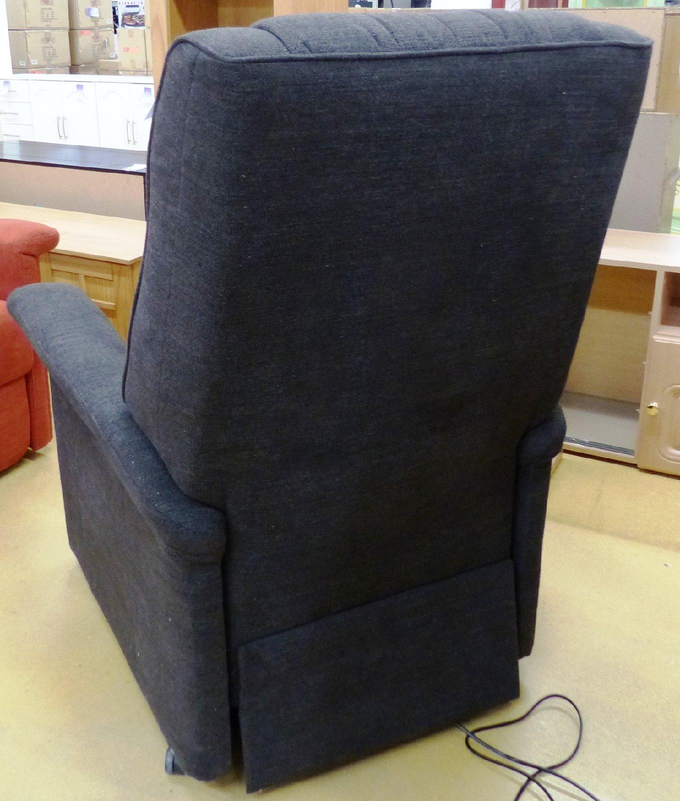 relaxsessel mit aufstehhilfe dunkelbraun tv sessel. Black Bedroom Furniture Sets. Home Design Ideas