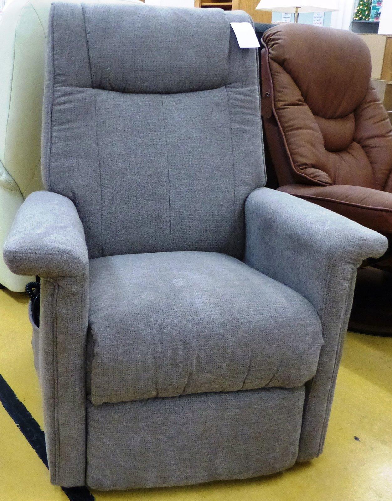 relaxsessel mit aufstehhilfe braun tv sessel sessel. Black Bedroom Furniture Sets. Home Design Ideas