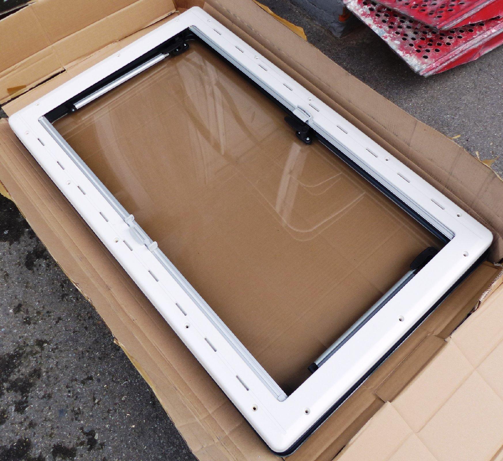 Seitz ausstellfenster s4 1000 x 600 dometic 43r 001748 for Fenster wohnmobil