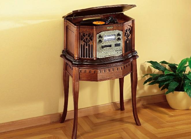 musik center mit tisch radio plattenspieler cd player. Black Bedroom Furniture Sets. Home Design Ideas