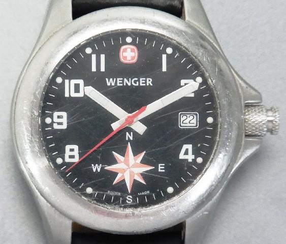 wenger kompass uhr herren armbanduhr quarzwerk lederarmband navigator swiss made ebay. Black Bedroom Furniture Sets. Home Design Ideas