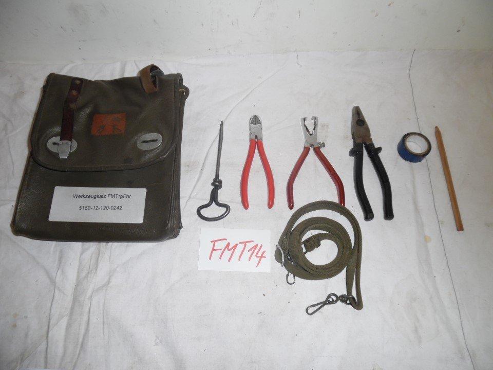 FTM1 1x Werkzeugtasche mit Werkzeug Tasche Zange Messer ex BW Bundeswehr