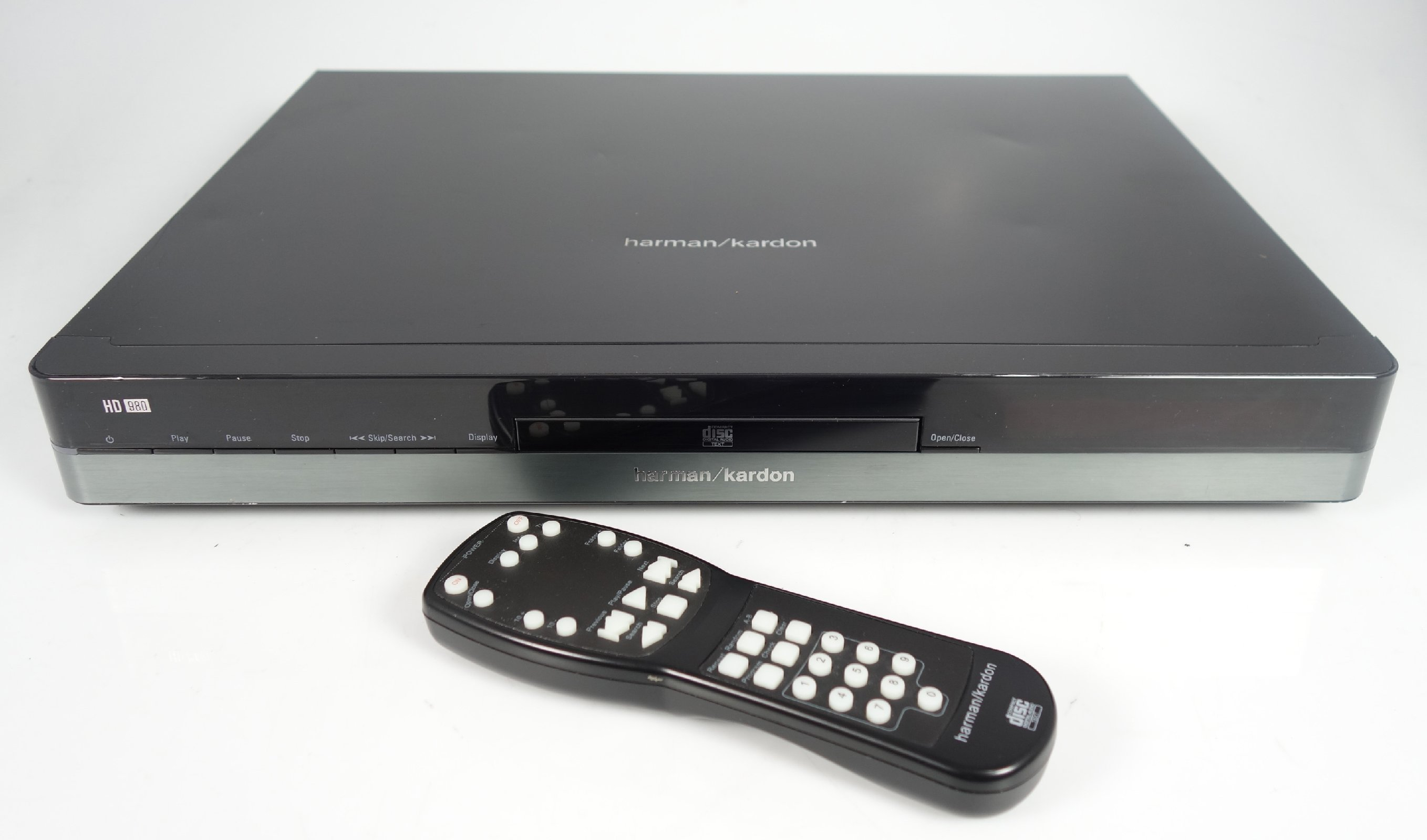 harman kardon hd 980 cd player mit fernbedienung ebay. Black Bedroom Furniture Sets. Home Design Ideas