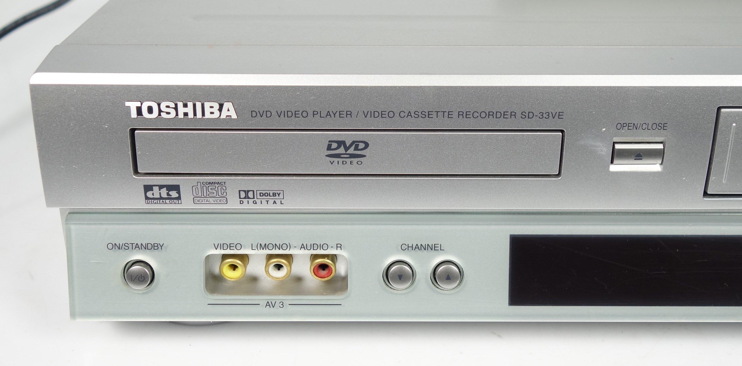 toshiba sd 33ve vhs videorecorder dvd player. Black Bedroom Furniture Sets. Home Design Ideas